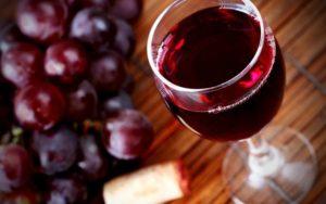 Вино — полезный напиток для сердца