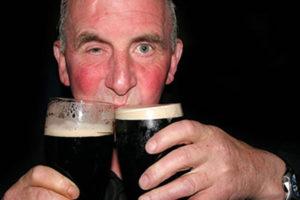 Почему краснеет лицо от алкоголя?