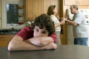 Что делать и как себя вести если родители алкоголики