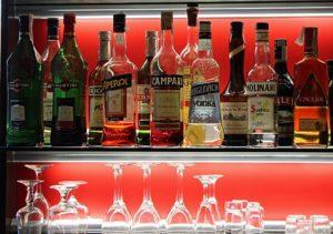 Какой алкогольный напиток дает меньше похмелья?